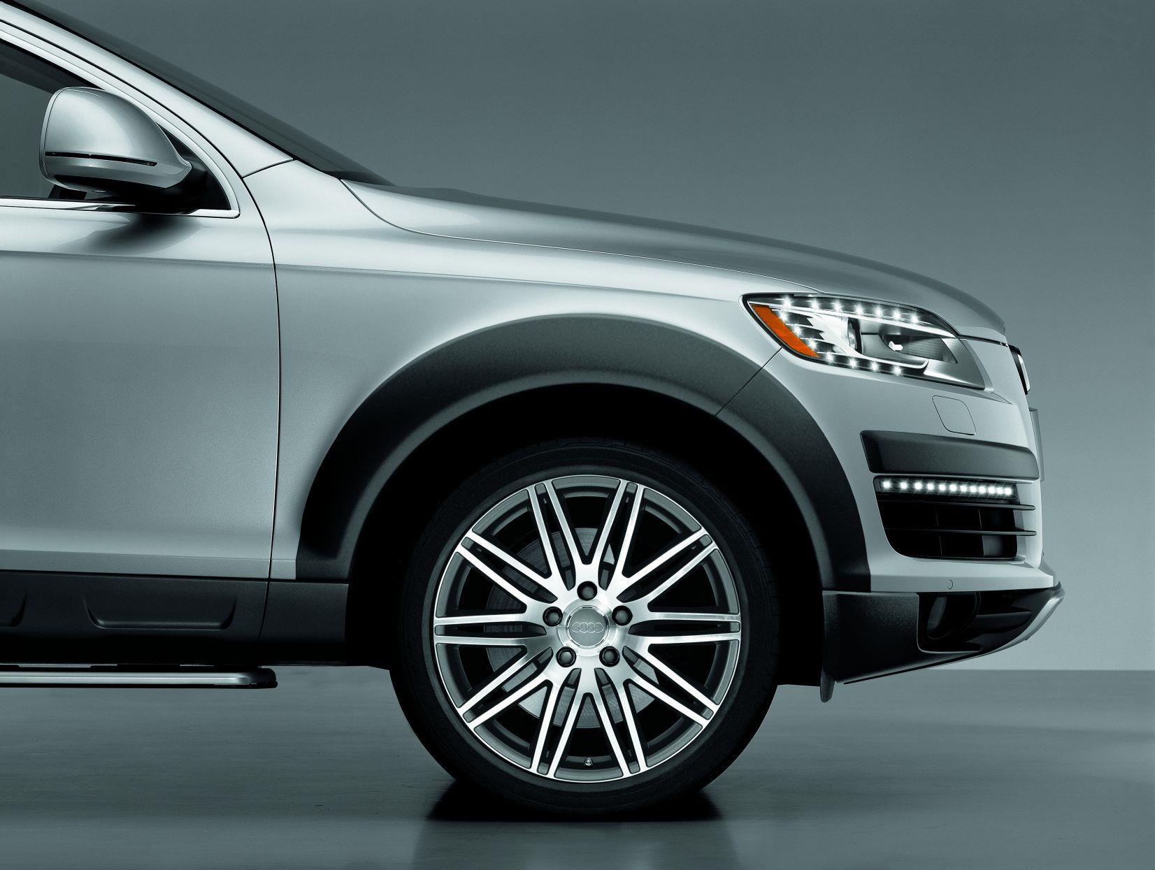 2015 Audi Q7 20 10-double-spoke alloy wheel - 4L00714901ZL - Genuine Audi Accessory