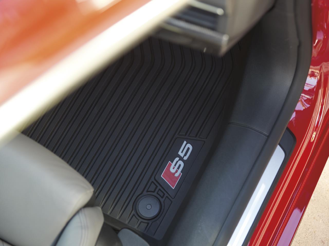 Audi S Genuine Accessories - Audi 90 car mats